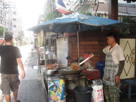 Delicious street food in Ratchada